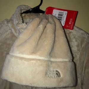 The North Face Jackets & Coats - NEW North face jacket and beanie set